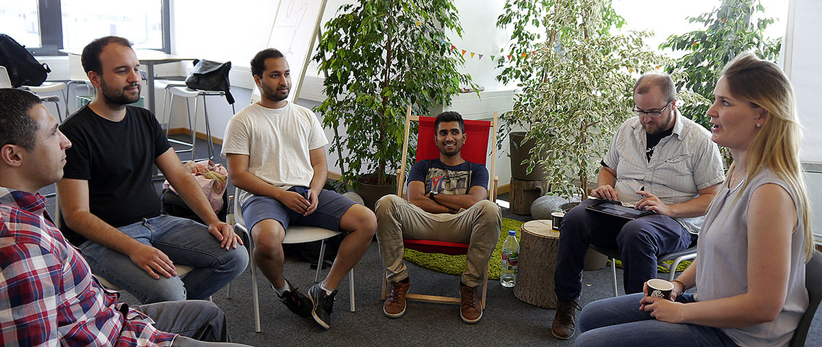 Studierende im AWE Existenzgründer-Planspiele